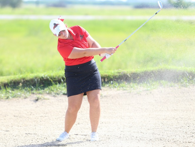 Brooke Brasseaux tied Nicki Oesch for RRAC women's golf medalist honor Tuesday.