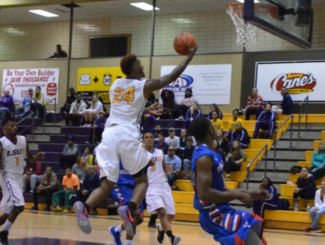 Manny Martin led LSUS with 19 points in a key win over Wiley last week.
