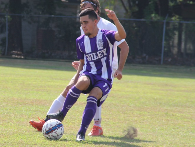 Jorge Garcia scored three points in a 3-0 victory for the Wildcats.