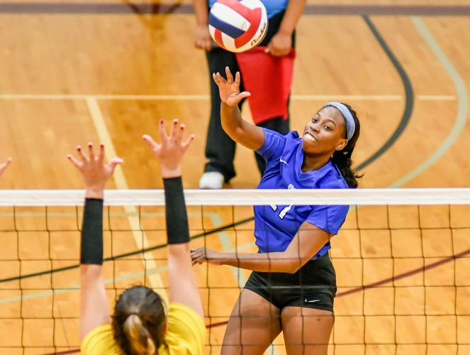 Raven Swain had 22 kills and 18 digs for the Saints last week.
